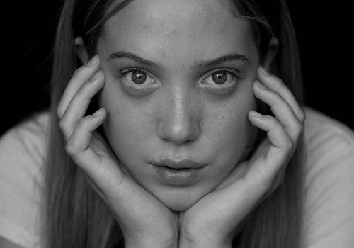 6 Ways to banish baggy eyes